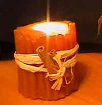 Свеча с корицей